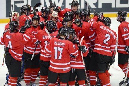 Юниорская сборная Канады