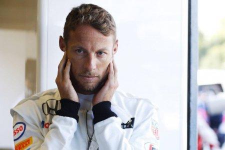 Баттон с нетерпением ждет гонки в Бахрейне